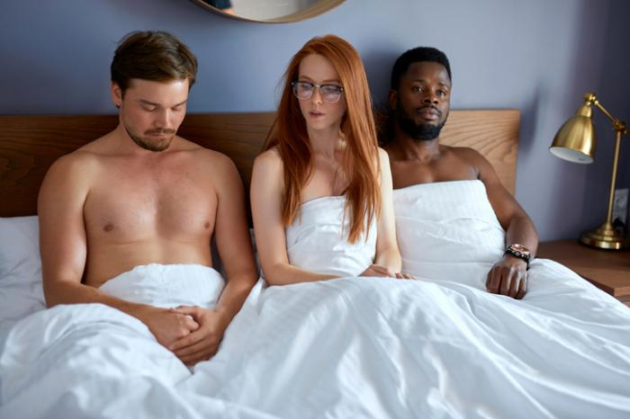 Polyamorous Relationships Under Severe Strain During the Pandemic